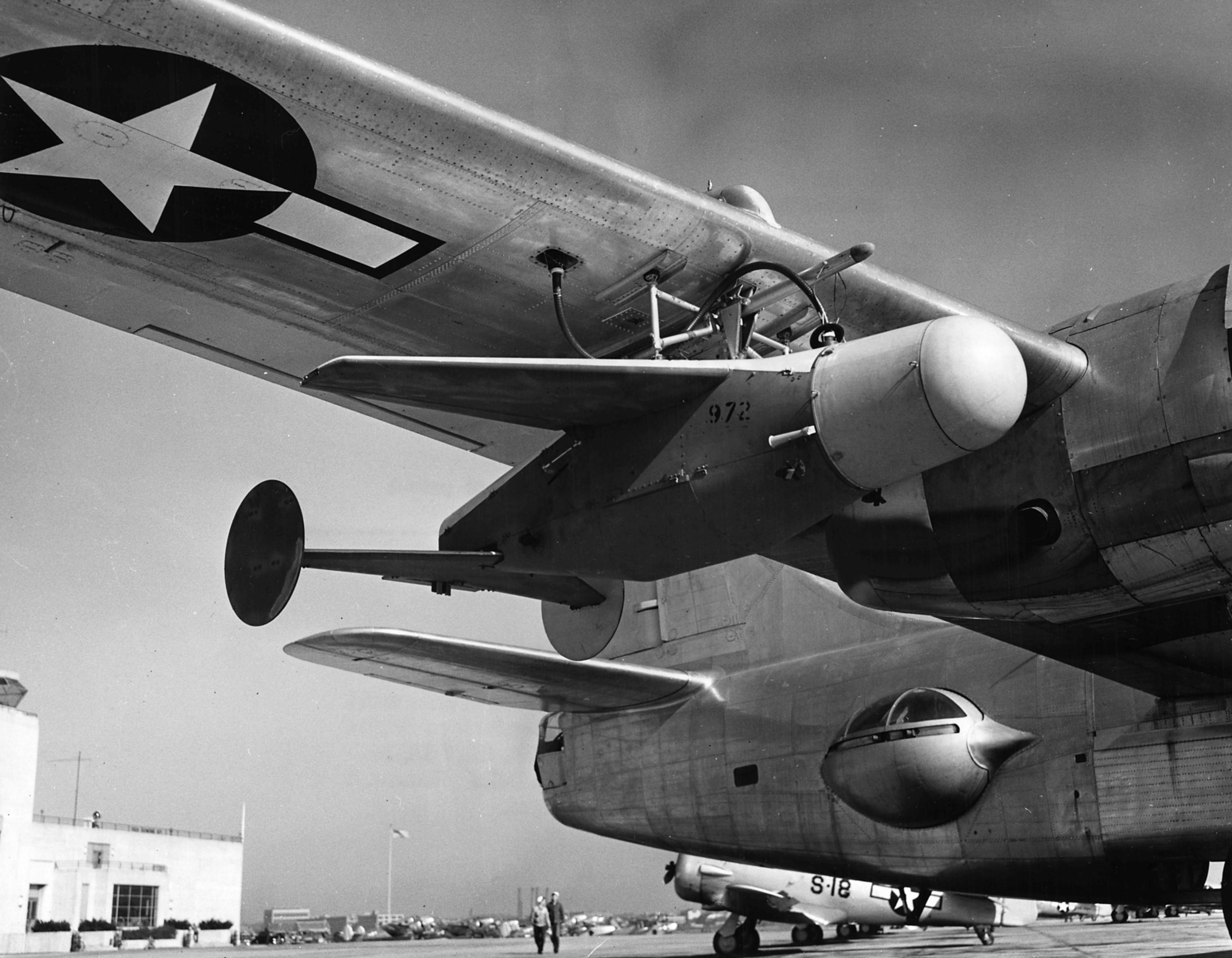 Catalina 15 loads at the gloryhole - 4 9