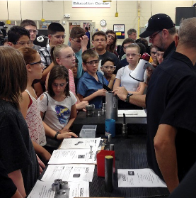 Students Tour a Manufacturing Facility for Manufacturing Day