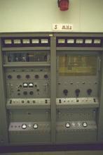 5 MHz transmitter