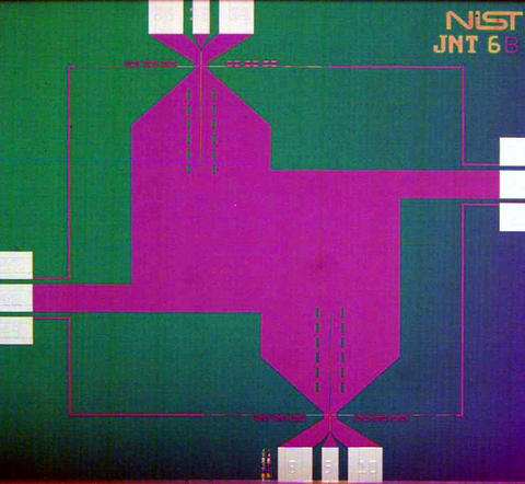 Photograph of circuit used in NIST's Johnson noise thermometry system.