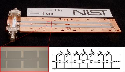 traveling-wave parametric amplifier