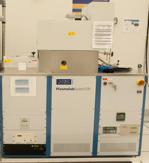Photograph of the Oxford Plasmalab 100 inductively coupled plasma etcher.