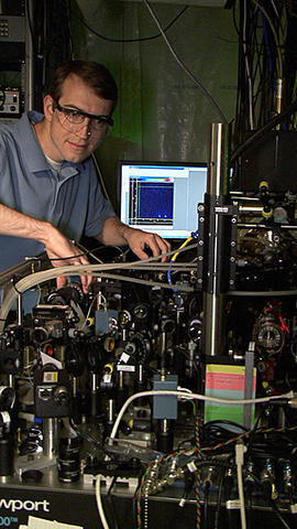 David Hanneke with  first universal programmable processor for a potential quantum computer