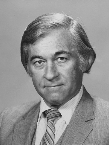 Headshot of Robert Madden