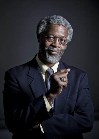 "Headshot of theoretical physicist Sylvester ""Jim"" Gates"