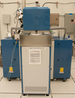 Photograph of the Oxford FlexAL atomic layer deposition system.