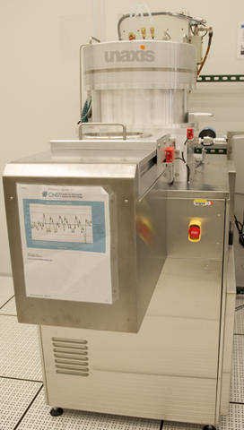Photograph of the Unaxis Shuttleline DSEII deep silicon etcher.