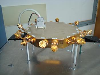 directional 16-antenna array