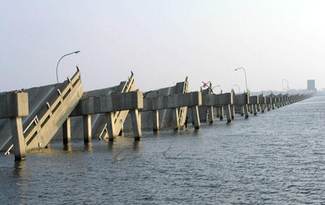 bridge-damage