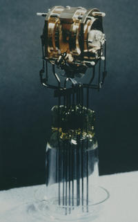 Ion trap used in first laser cooling experiment.