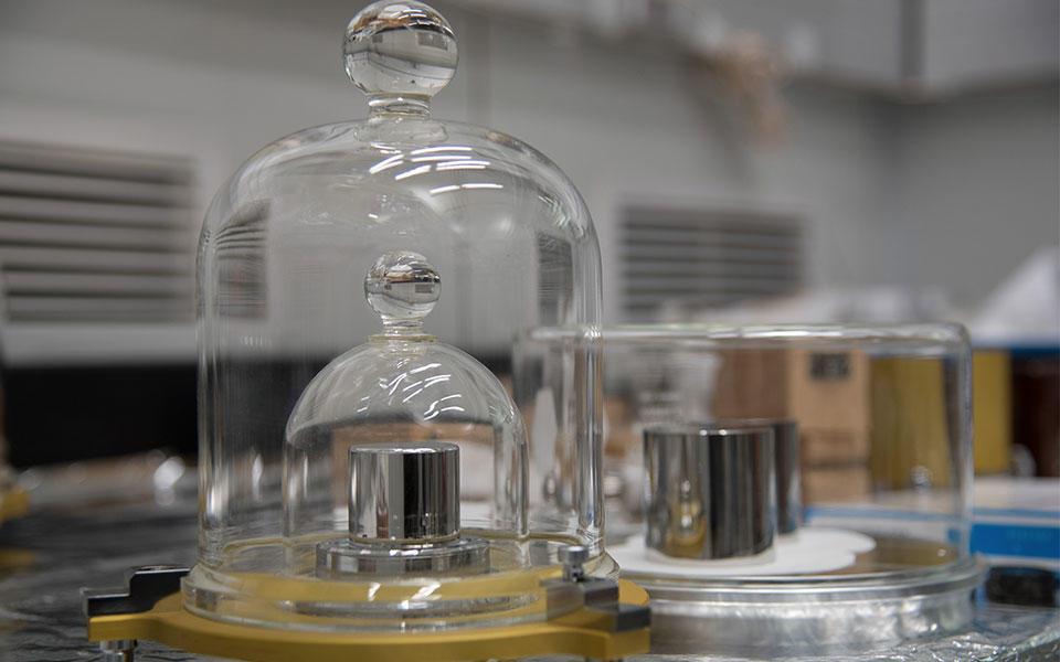 Photo of U.S. kilogram masses
