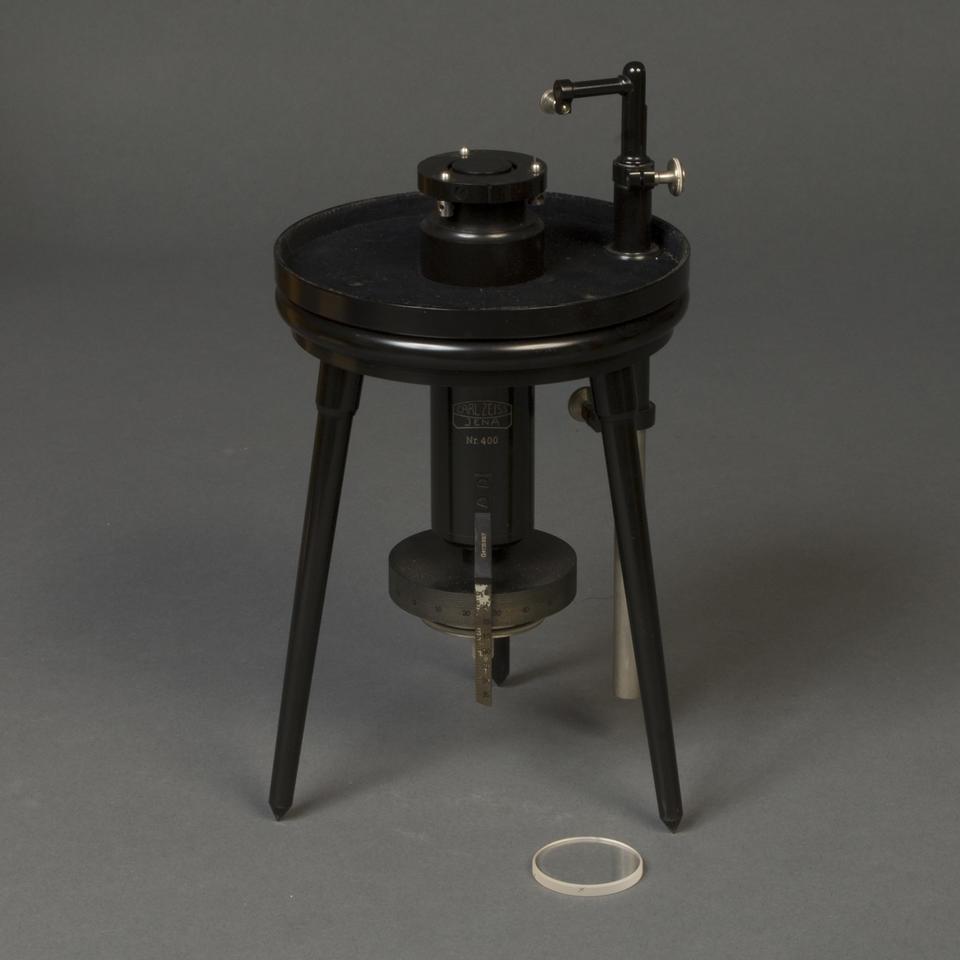 Tripod optical device