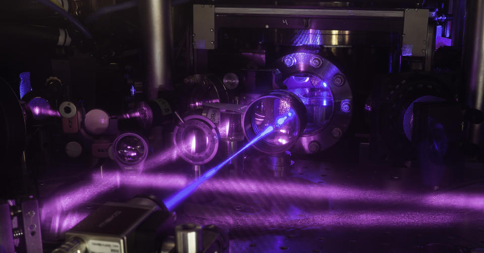 photo of strontium atomic clock