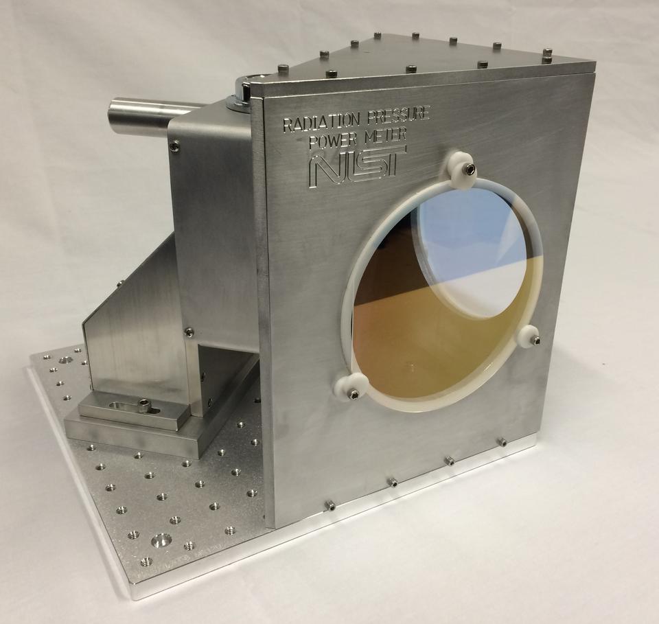 Image of a radiation pressure power meter