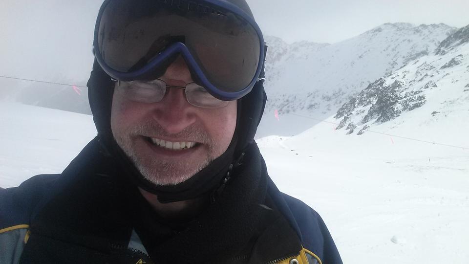 Walter Copan skiing