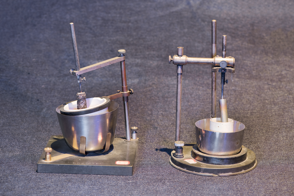 two silver voltometers