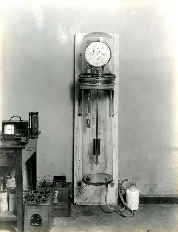 an original Riefler clock