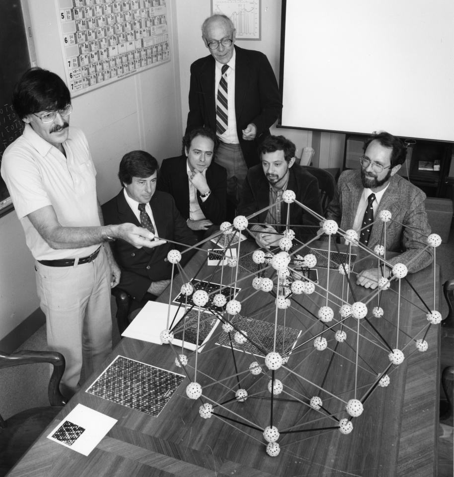 Shechtman and colleagues in 1985 with Quasicrystal Model at NIST