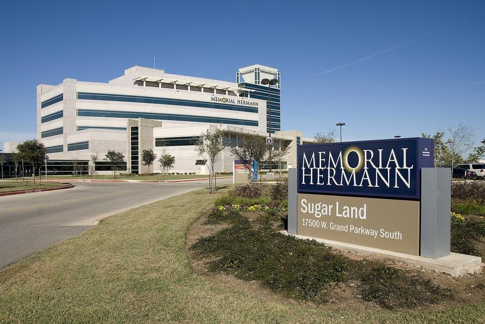 Memorial Hermann Sugar Land Hospital, 2016 Baldrige Award recipient. Photo shows image of the front of the hospital.